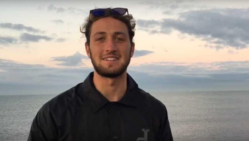 Umberto e l'incontro con i delfini al Pontile di Ostia