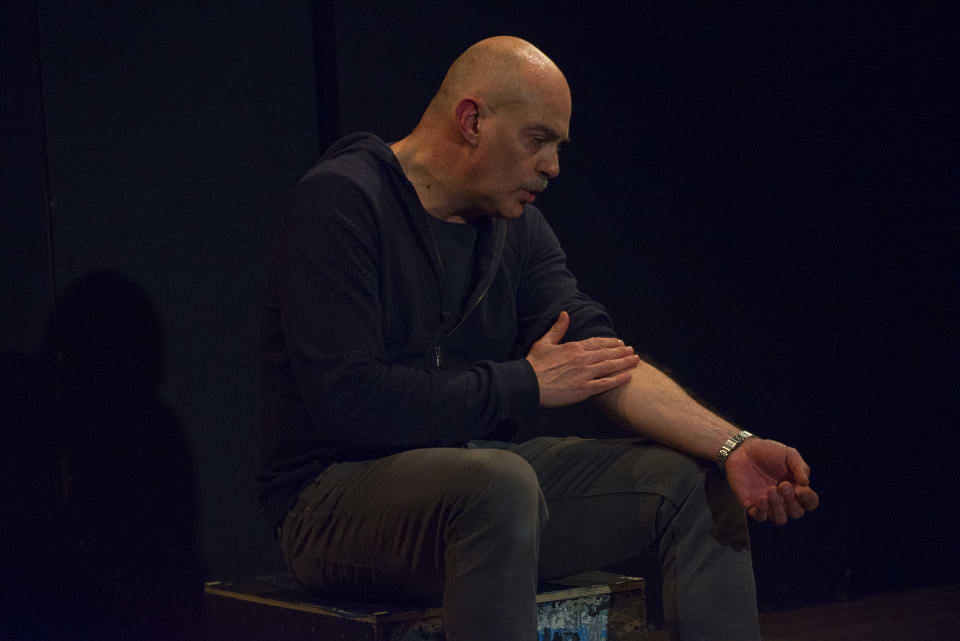Fabio Avaro al teatro Pegaso con Storie Bastarde