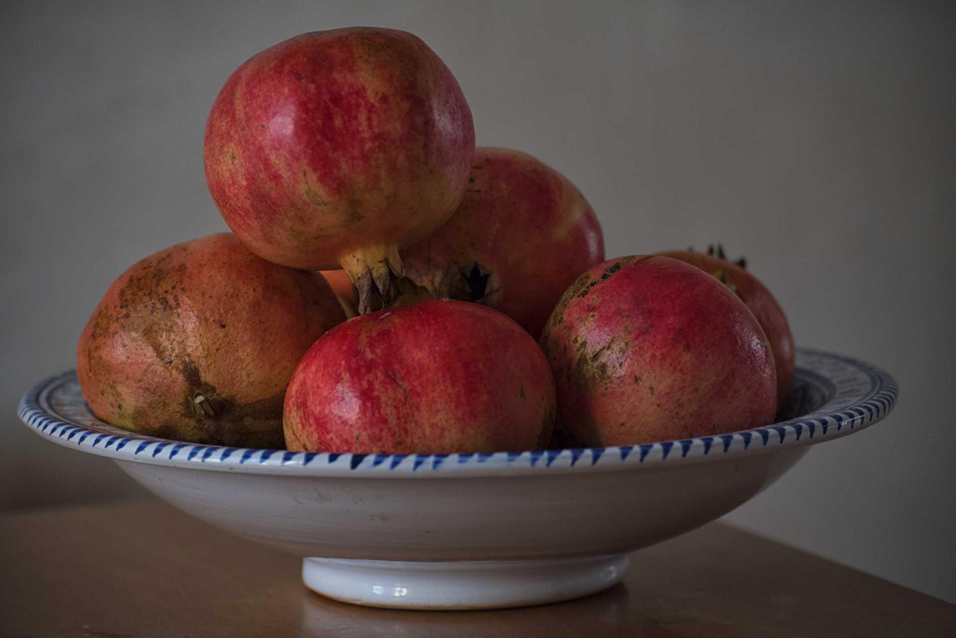 Il melograno: un frutto dell'autunno
