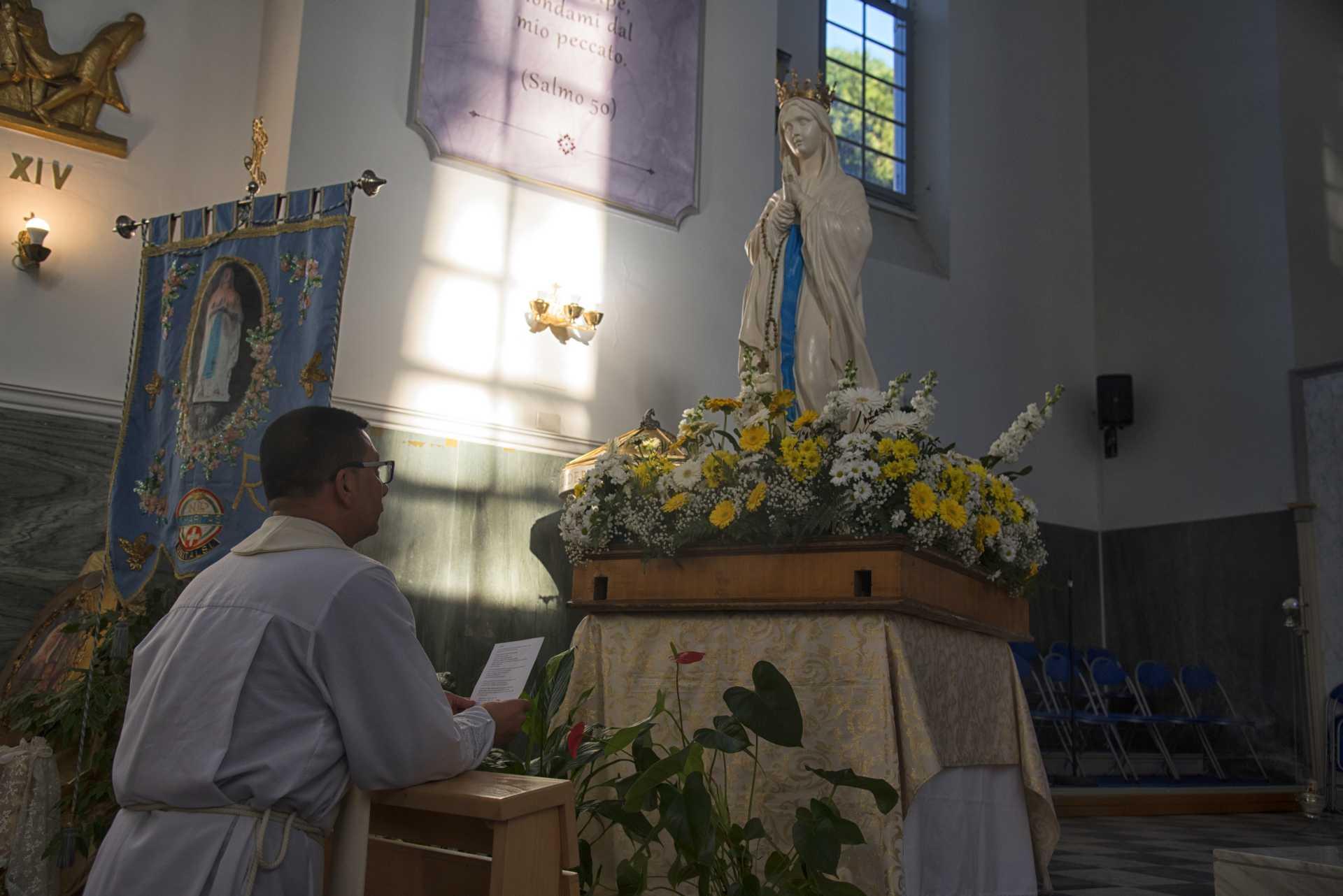 Arrivata la Madonna pellegrina di Lourdes alla Parrocchia di San Nicola