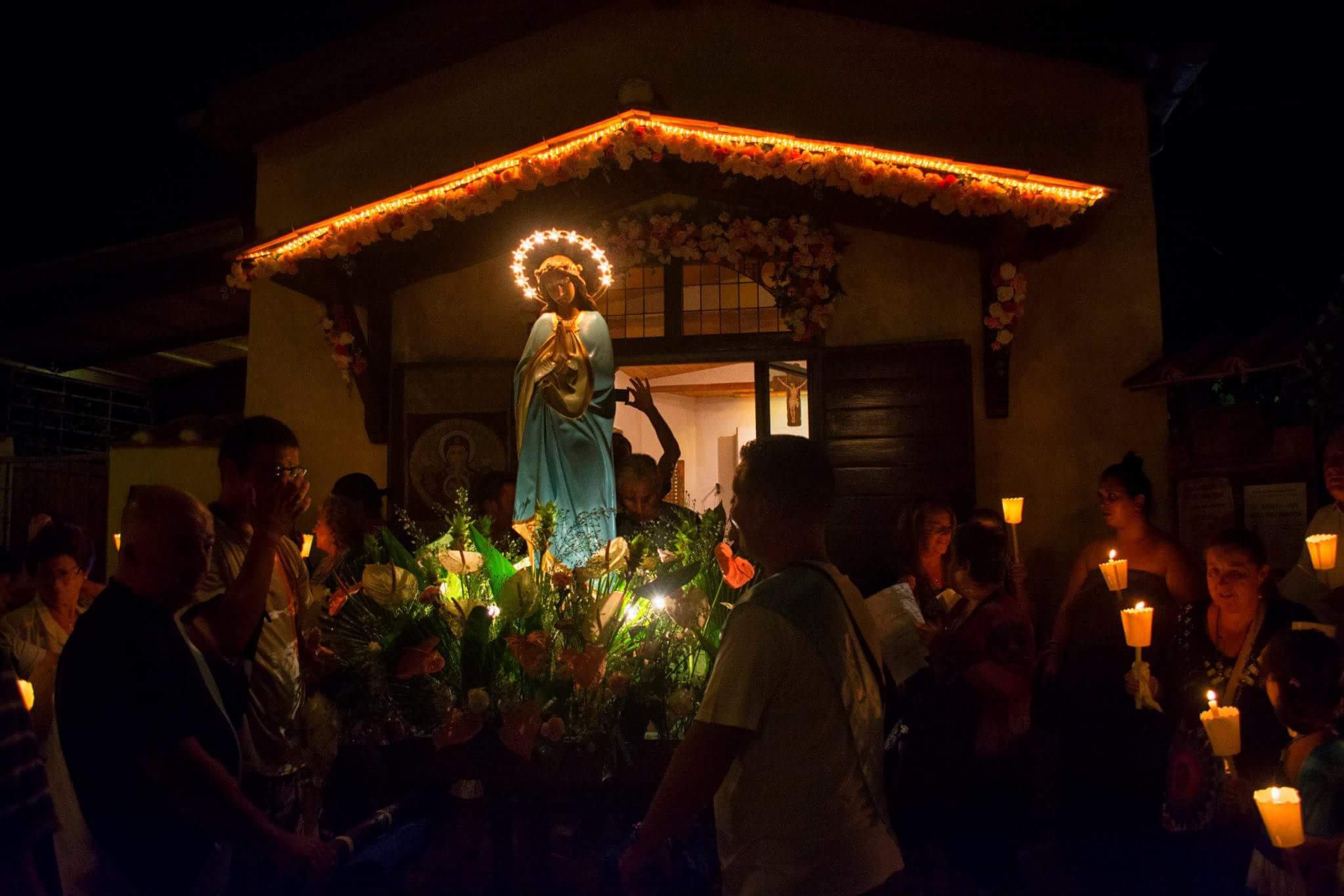 La processione dell'Assunta all'Idroscalo