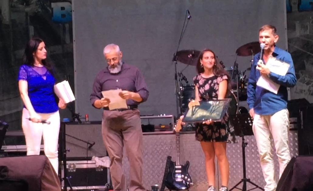 Un pensiero per Castelfusano: premiazione sul palco della Sagra della Tellina 2017